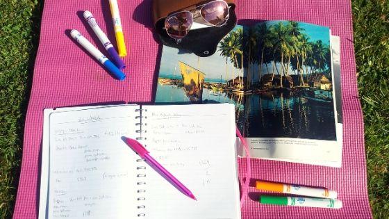 Top-ten-tips saving-money-travelling