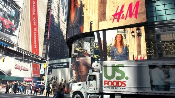 america-shops-walmart-us-foods