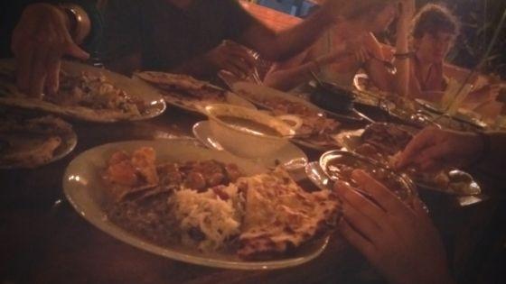 best-vegetarina-restaurants-in-varkala-traditional-indian-food-sharing-plates